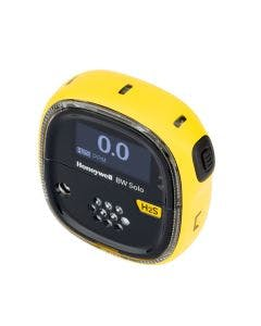 Honeywell BW Solo Gas Detector with yellow housing and a yellow label to identify hydrogen sulphide (H2S) Detection.